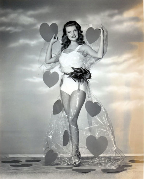 valentines-day-pinup-mary-castle