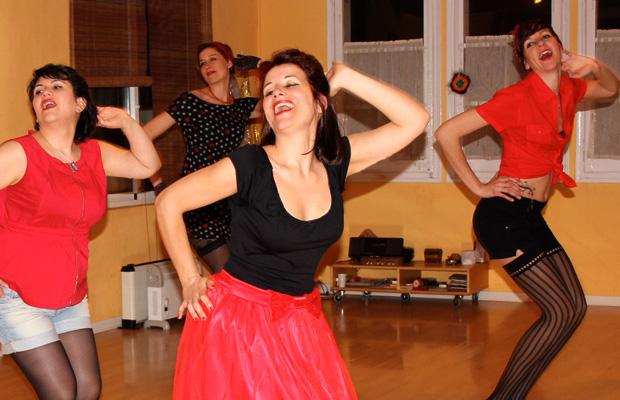 clase-burlesque-baile-pin-up-tarragona-5
