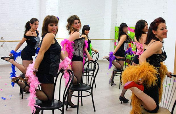 Clase-burlesque-Manresa-Centre-Magma-1a