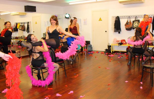curso-clases-burlesque-barcelona-bailongu-7
