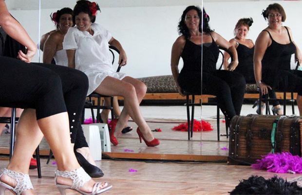 ensayo-burlesque-para-actuacion