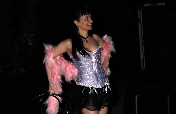 Actuacion-Burlesque-Fiesta-Privada-1