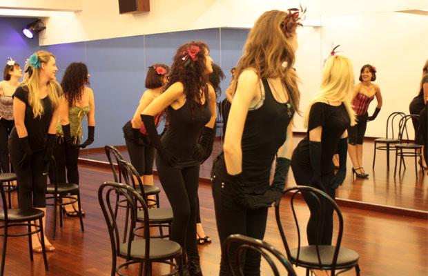 Clase-curso-burlesque-Barcelona-8