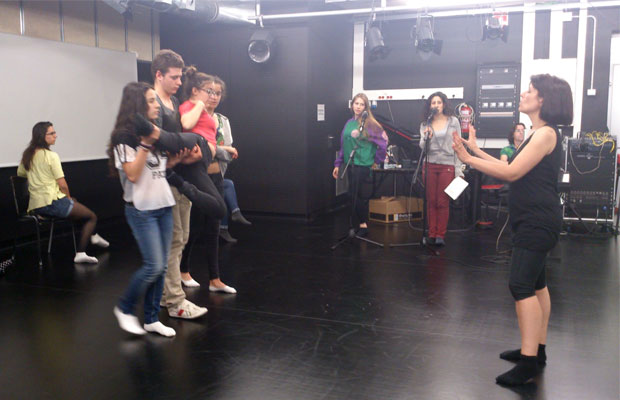 clases-para-adolescentes-moulin-rouge-4