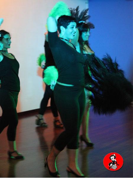 clase-Abanicos-plumas-Burlesque-Barcelona-4