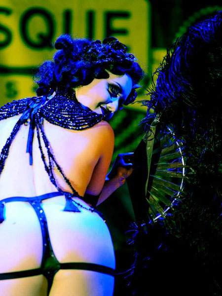 worls-burlesque-games-2014-Eliza-DeLite