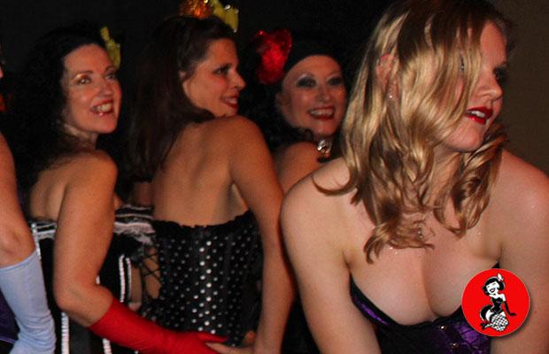 Actuacion-Burlesque-Bar-Fizz-Barcelona-8