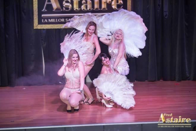 Show-Burlesque-Actuacion-Marina-Salvador-11