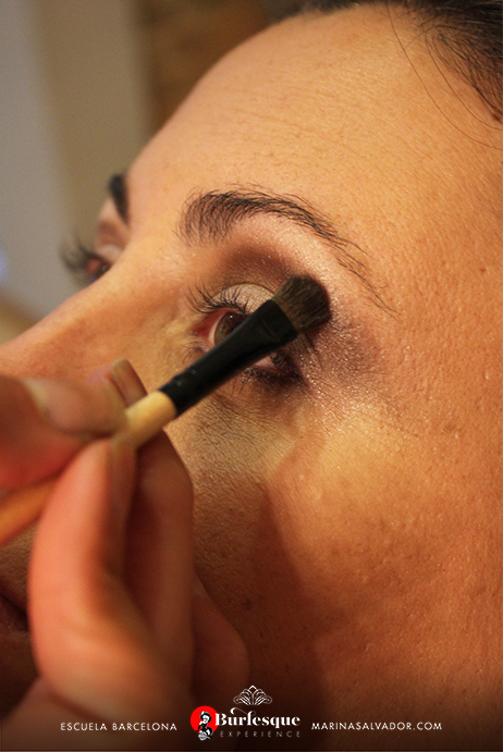 como-maquillarse-pinup-9-2