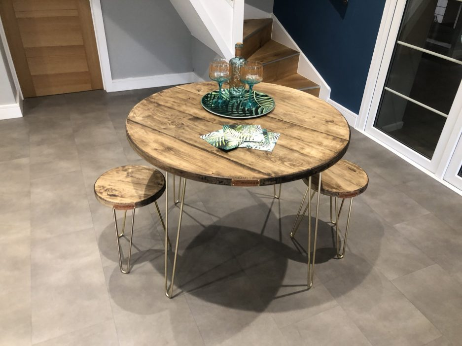 hairpin round dining tables