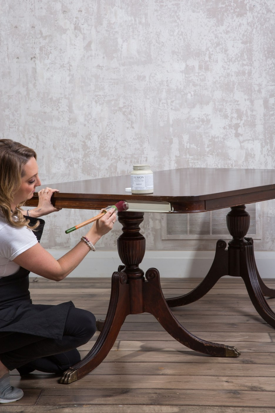 how to paint a table fusion mineral paint