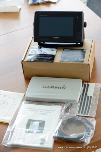 What is in the Garmin 741xs box