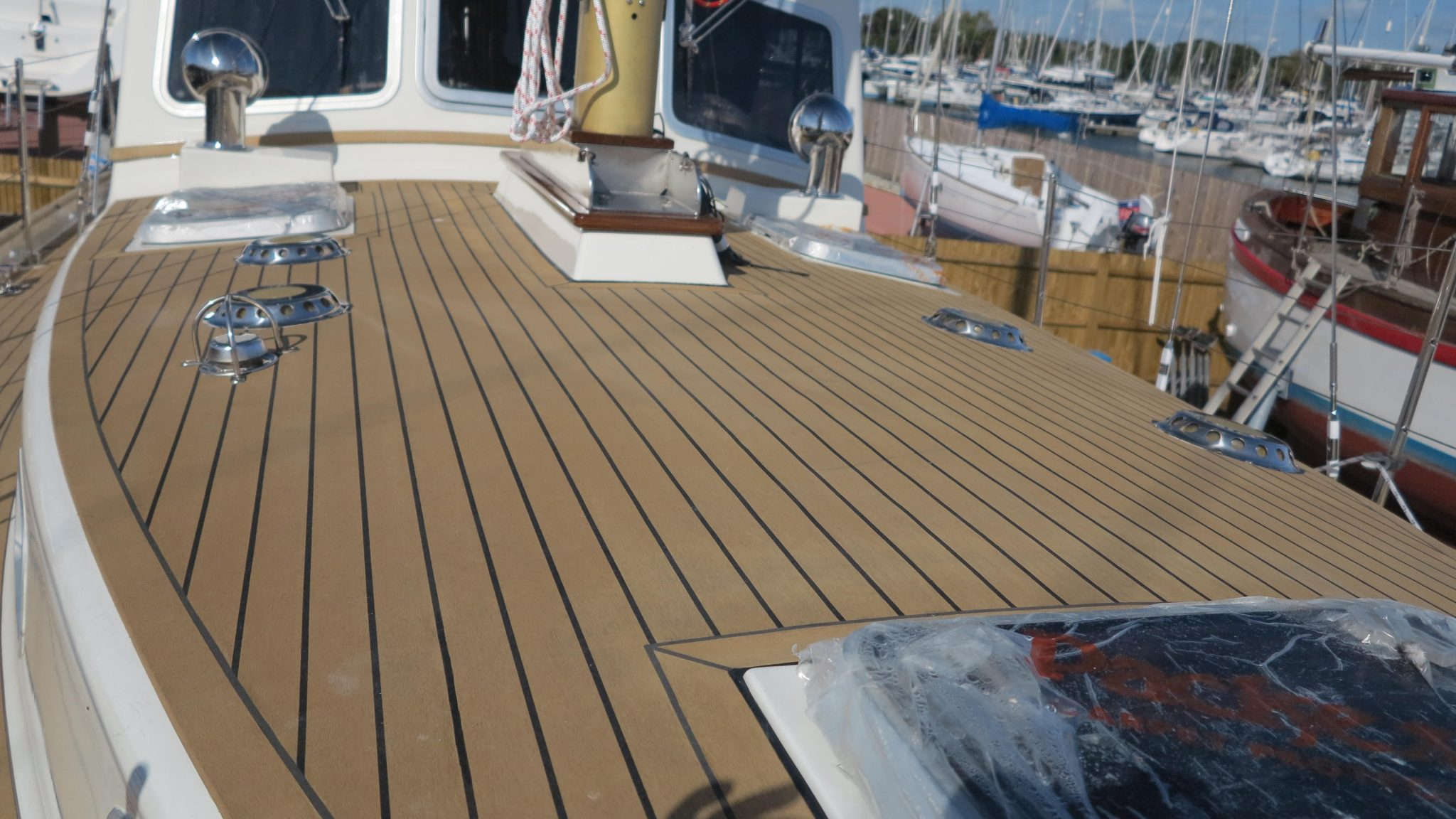 Chichester Based 1970 Salar 42 Fitted With Dek King