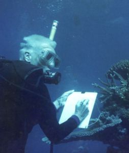Helen Sykes surveying underwater
