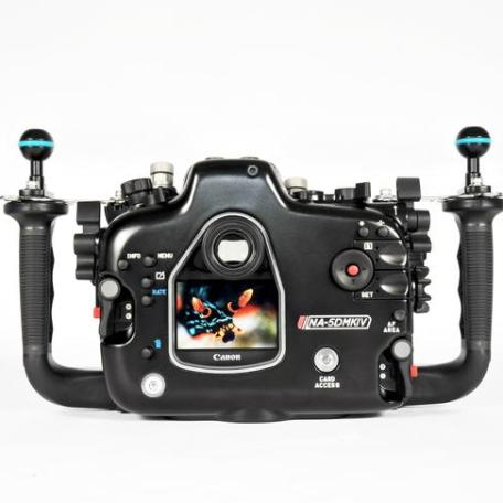 Nauticam Na-5DMKIV (camera for example. Not supplied)