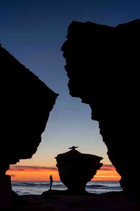 Teapot Rock al atardecer en la Isla del Príncipe Eduardo