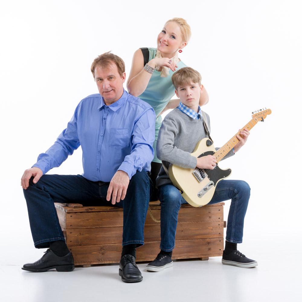 Gunnar, Anne ja Artis