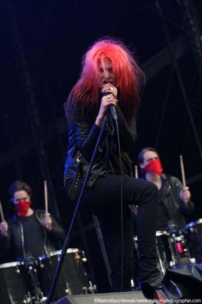 The Kills - supporting band for Metallica
