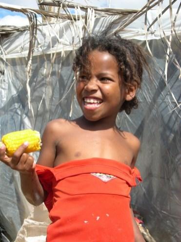 FAMILLE-Boa-esperanca-2-90-768x1024