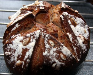 Chestnut and pine nuts Corsican bread