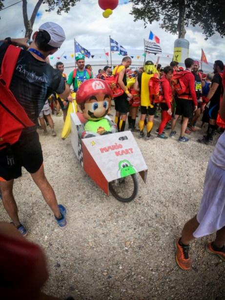 Char Mario Kart au marathon du Médoc
