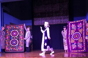 Uzbek.Dancer