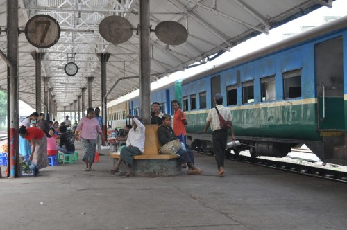 Gare de Yangon