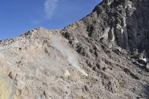 Berastagi fumeroles Gunung Sibayak 2