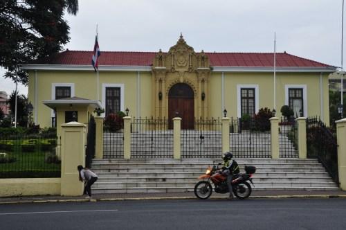 San Jose-Casa Amarilla