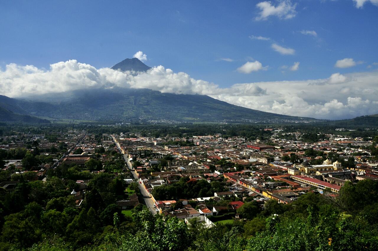 Le charme fou d'Antigua : ses rues pavées, ses murs colorés, ses églises