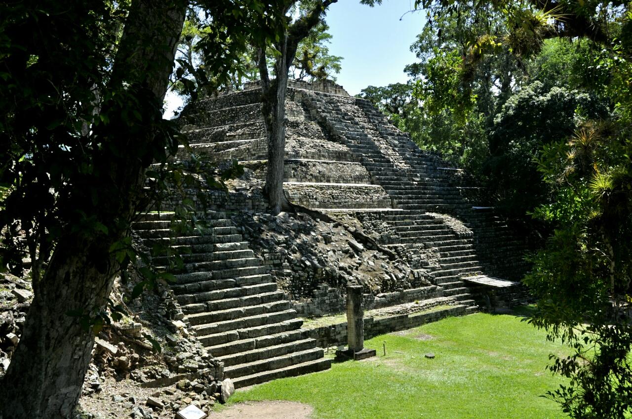 Copan, nos premiers pas dans le monde Maya