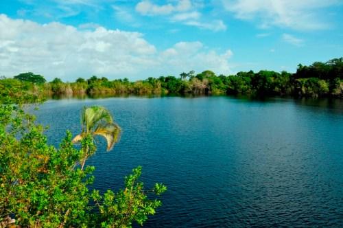 laguna_bacalar_cenote_azul_2
