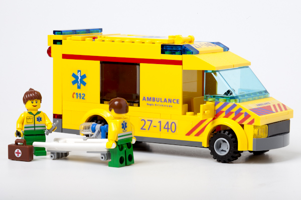 Ambulance_4431NL_01