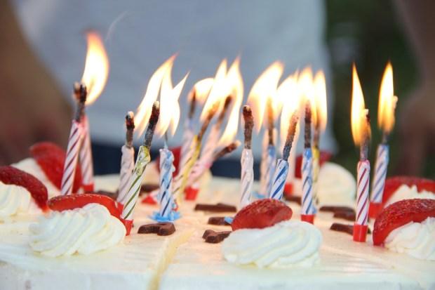 birthday-739140_1920