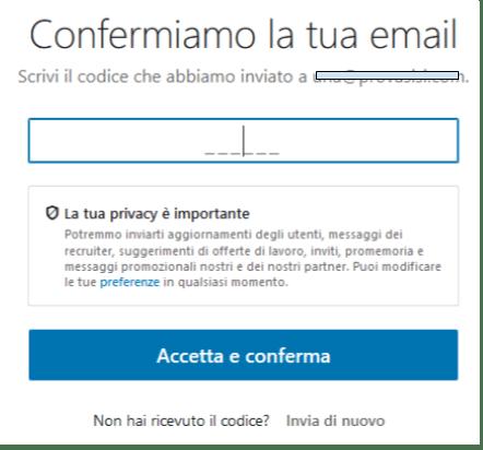 schermata per iscriversi a linkedin e confermare account