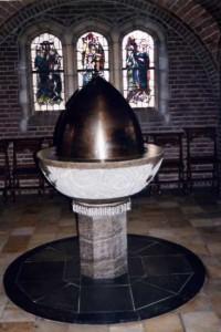 Michaëlkerk 018 - Doopvont