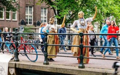 Per boot langs het Amsterdamse slavernijverleden