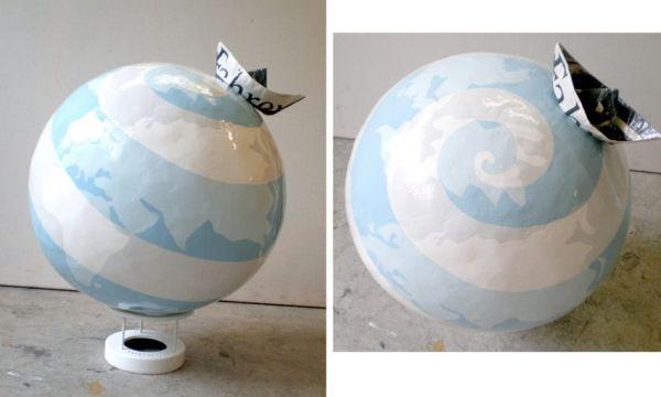 Is there life on Mars. Inflatable, gips, fondue onderstel, papierenbootjes en lakverf