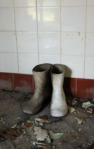 morticians_boots_sm.jpg
