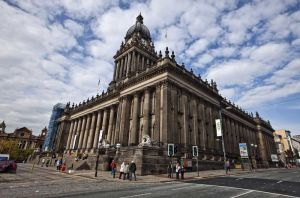 leeds_town_hall_court_exterior_october_2009_sm.jpg