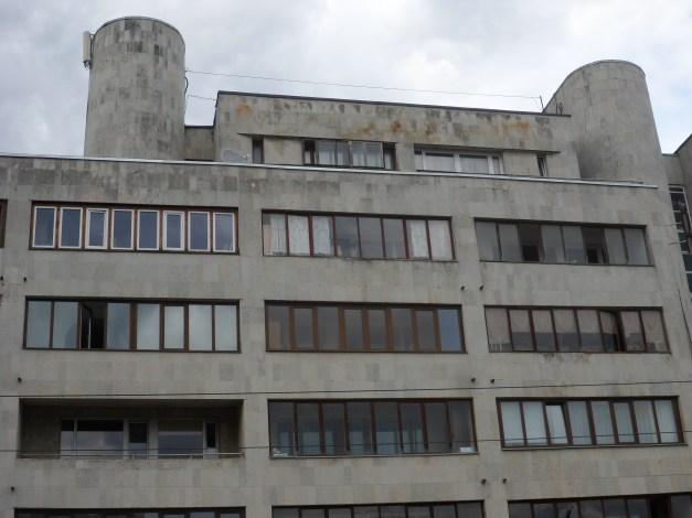Soviet architecture in Tortu