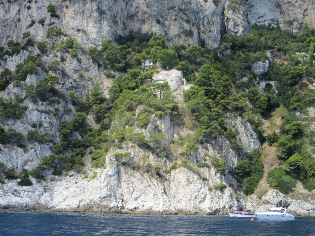 Yes, that would be Sophia Loren's house