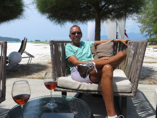 When we got to the hotel here our room wasn't ready. So we had lunch, a glass of wine, and sat at the beach. Not unpleasant at all.