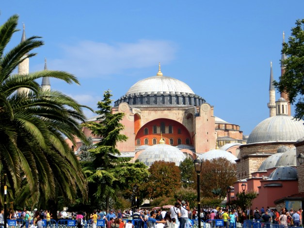 Hagia Sophia with crowds waiting to get in