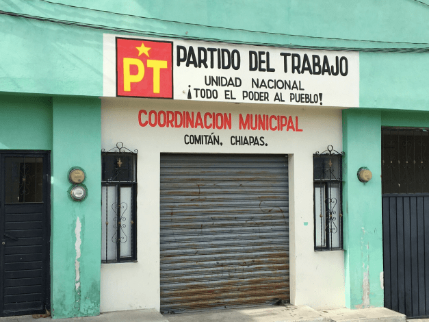 One day I happened to stumble by Comitán's Labor Party headquarters. All Power to the People! If they'd been open I'd have tried to sell them some canvassing and organizing tools...