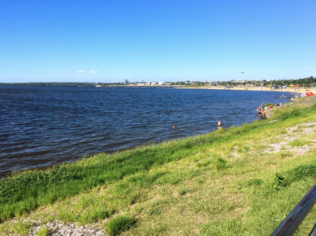 The city beach on the Paraguay River