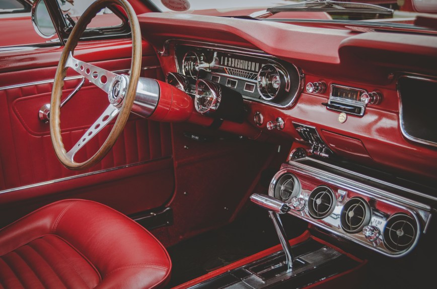 Ford Mustang Auto Interior
