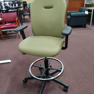 Pre-owned Hon Stool