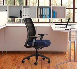 Choosing Office Furniture: Visiting a Showroom