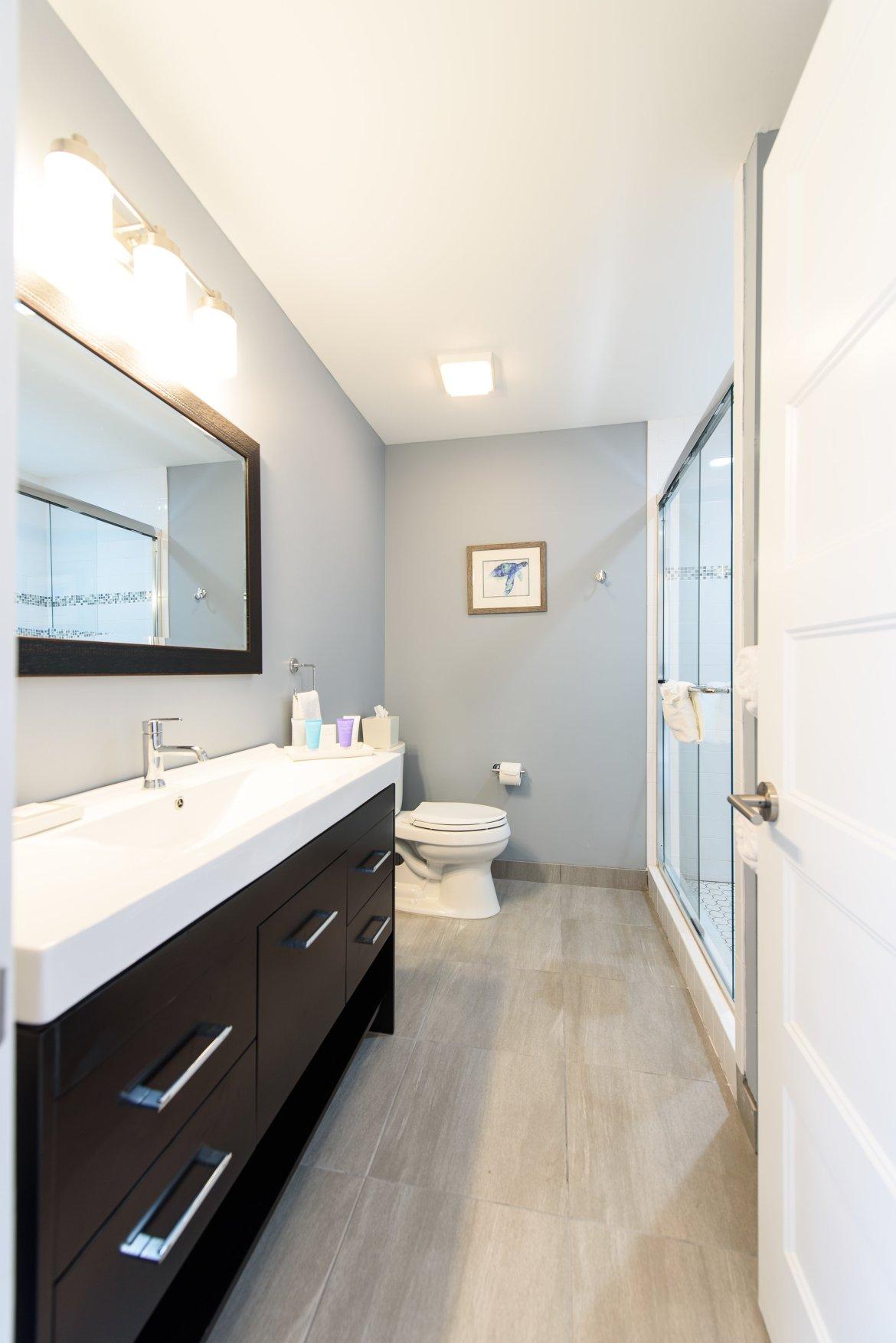 Bathroom with full amenities